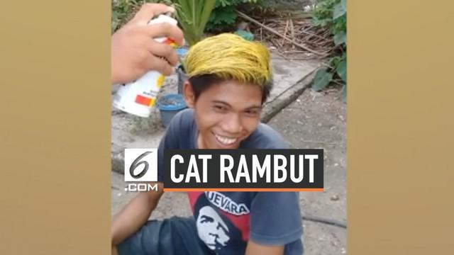 Seorang pria asal Filipina menggunakan cat semprot pilox untuk mewarnai rambutnya. Hal ini ia lakukan agar dirinya tampil berbeda saat balapan sepeda motor.