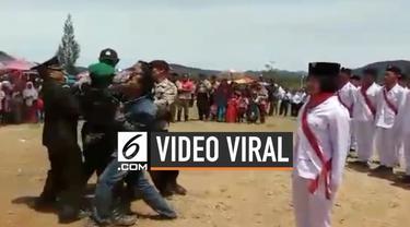 Sebuah video prank perkelahian antara anggota Polri dan TNI tersebar di media sosial. Mereka sengaja berpura-pura berkelahi untuk mengejutkan camat yang sedang berulang tahun.