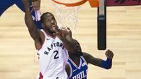 Small forward Kawhi Leonard (no 2) menjadi bintang kemenangan Raptors di gim pertama semifinal Wilayah Timur NBA (AP)