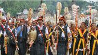 Reba adalah tahun baru dalam kalender masyarakat etnis Ngada di Kabupaten Ngada. Reba adalah pesta terbesar, pesta syukur atas kasih kebaikan dan penyelenggaraan Tuhan (Dewa Zeta Nitu Zale) yang dinikmati orang Ngadha lewat hasil pertanian, peternakan