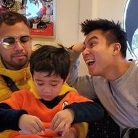 Baim Wong bersama Rafathar (Instagram/baimwong)