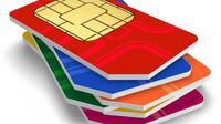 Sebelum terlambat, buruan daftarkan sim prabayar kamu. Begini cara registrasi kartu Indosat, Telkomsel, XL, Smartfren dan Tri. (Foto: The Guardian Nigeria)