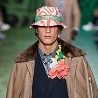 Simak keseruan koleksi Dior Men's Pre Fall 2020 dengan koleksi bernuansa playful. (Foto: Dior Men)