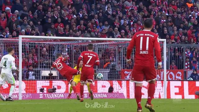 Bayern Munich sukses menaklukkan Werder Bremen dengan skor 4-2 berkat brace Thomas Mueller dan Robert Lewandowski juga dua assist ...