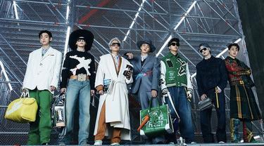 BTS Tampil Menjadi Model Pakaian Pria Louis Vuitton Fall/Winter 2021