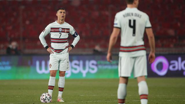 FOTO: Diogo Jota Cetak Brace, Portugal Ditahan Imbang Serbia 2-2 - Cristano Ronaldo
