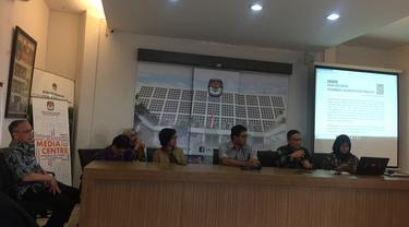Kajian Lintas Disiplin UGM merilis hasil riset independen terkait dugaan kematian tak wajar yang dialami KPPS di Yogyakarta. (Liputan6.com/Radityo Priyasmoro)