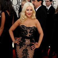 Christina Aguilera juga heran dengan beberapa orang yang masih menyembunyikan KDRT. (Bintang/EPA)