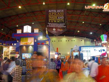 Asosiasi Pemerintahan Kabupaten Seluruh Indonesia (Apkasi) menggelar promosi perdagangan dan investasi bertaraf internasional di JIExpo, Kemayoran, Senin (14/04/2014) (Liputan6.com/Miftahul Hayat).