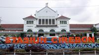 Daops 3 Cirebon memperketat protokol kesehatan untuk penumpang kereta api memasuki libur Isra Mikraj dan Nyepi. Foto (Istimewa)