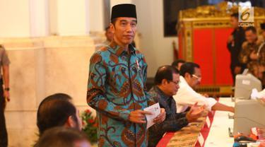 Jokowi Bayar Zakat