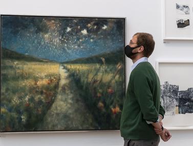 FOTO: Pertama Kali, Pameran Musim Panas Royal Academy of Arts Berlangsung di Musim Gugur