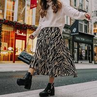 Stylish dengan Mix and Match Outfit Motif Zebra. (Foto: www.instagram.com/silverlinkshoppingpark)