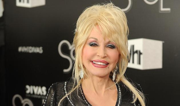 Dolly Parton (E!)