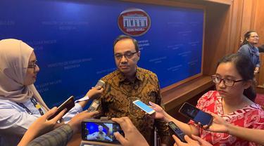 Teuku Faizasyah dalam press briefing di Kementerian Luar Negeri.