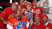Casey Stoner saat menjadi juara dunia MotoGP bersama Ducati pada 2007. (MotoAus.com)