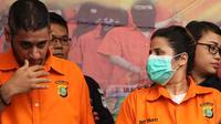 """Dilakukan penangkapan, masuk ke rumahnya, kami lakukan penggeledahan badan. Lalu kami lakukan penggeledahan di kamar D di sebelah,"" kata Kombes Pol Argo Yuwono, Kabid Humas Polda Metro Jaya di Dir Narkoba Polda Metro Jaya, Sabtu (17/2). (Bambang E Ros)"