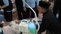 Menteri Agama Lukman Hakim Saifuddin menengok jemaah haji Indonesia. (www.kemenag.go.id)