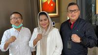 Sekjen PDIP Hasto Kristiyanto bersama Puti Guntur dan Bambang DH. (foto: dokumentasi PDIP).