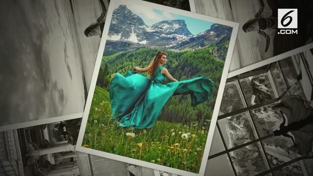 Gadis ini mengelilingi dunia mengenakan gaun ala dongeng. Nina adalah seorang blogger asal Rusia.