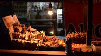 26 angkringan ludes diserbu warga dalam acara Festival Kesenian Yogyakarta ke-26.