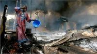 Ledakan pipa minyak di Lagos, Nigeria pada 26 Desember 2006. Peristiwa itu menewaskan 260 orang tewas (AP)