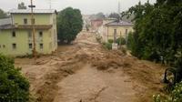 Banjir yang melanda Kota Simbach am Inn, Bavaria (BBC)