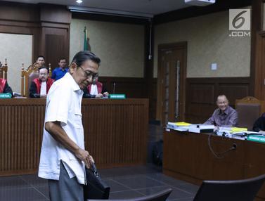 Mantan Wapres Boediono di Sidang Korupsi SKL BLBI