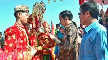 Jokowi Canangkan Revitalisasi 1.000 Rumah Gadang di Solok Selatan