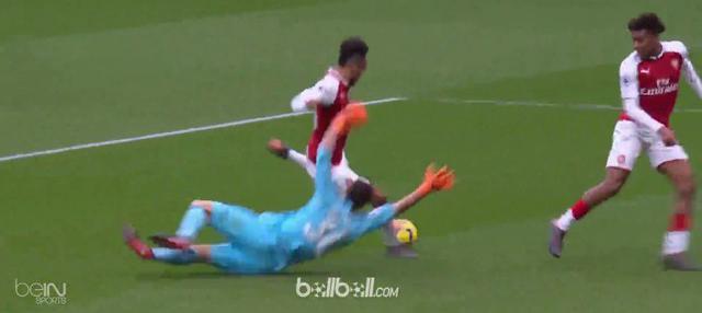 Berita video gol-gol kemenangan Arsenal atas Watford di Premier League 2017-2018. This video presented by BallBall.