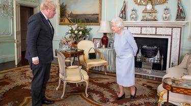 Ratu Elizabeth II dan Boris Johnson