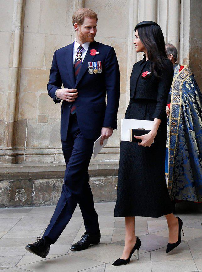 Clutch jadi barang yang wajib dibawa oleh putri bangsawan./copyright AFP