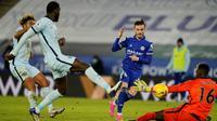 Leicester City meraih kemenangan 2-0 atas Chelsea pada laga tunda pekan ke-18 Premier League di King Power Stadium, Rabu (20/1/2021) dini hari WIB. (AFP/POOL/Tim Keeton)