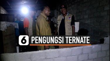 Pengungsi korban gempa Ternate masih terus bertahan di pengungsian. Mereka masih takut dan trauma untuk kembali ke rumah masing-masing