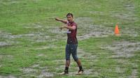 Pemain PSM Makassar, Zulkifli Syukur. (Bola.com/Abdi Satria)