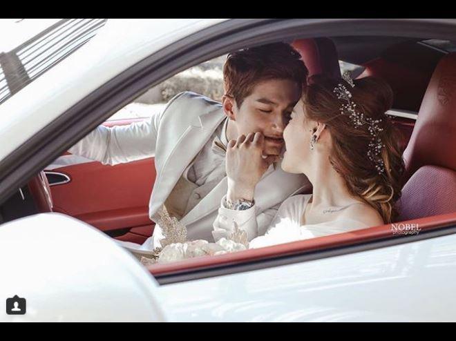 Lee Jeong Hoon tunjukkan keromantisannya pada istri (Foto: Instagram)