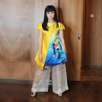 Outfit Yura Yunita. (yurayunita/instagram)