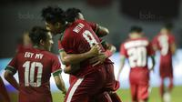 Gelandang Indonesia U-19, Witan Sulaeman, melakukan selebrasi usai mencetak gol ke gawang Thailand di Stadion Wibawa Mukti, Cikarang, Minggu (8/10/2017).Indonesia menang 3-0 atas Thailand. (Bola.com/M Iqbal Ichsan)