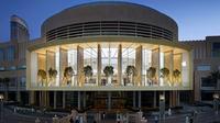 Apple Store terbaru yang berlokasi di Dubai Mall. (Foto: Mashable)