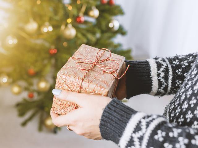 15 Ucapan Natal 2018 Yang Indah Dan Menyentuh Hati Cocok Dikirim Buat Orang Terkasih Lifestyle Liputan6 Com