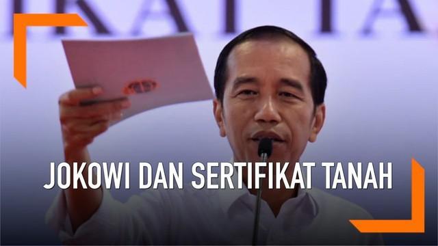 Sertifikasi tanah menjadi salah satu program pemerintahan Presiden Joko Widodo. Berikut sejumlah peristiwa saat Jokowi membagikan sertifikat tanah kepada masyarakat.