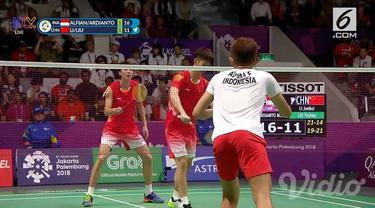 Ganda putra Indonesia, Fajar Alfian/Muhammad Rian Ardianto, berhasil menembus semifinal cabang olahraga bulutangkis Asian Games 2018.