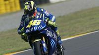 Valentino Rossi mengendarai motor Yamaha pertama di MotoGP (Istimewa)