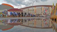 Stadion Wibawa Mukti adalah stadion sepak bola yang terletak di Desa Sertajaya, Cikarang Timur, Kabupaten Bekasi. (Bola.com/Nicklas Hanoatubun)