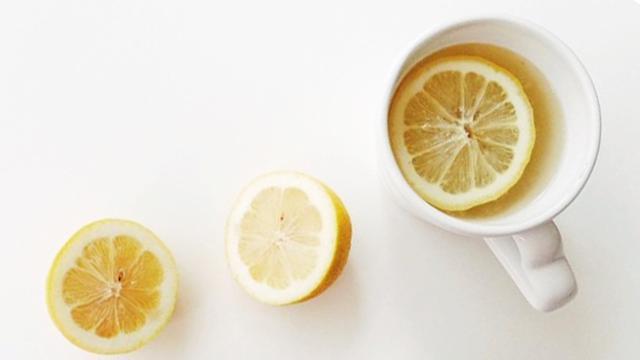 5 Manfaat Minum Lemon Hangat Saat Sahur Lifestyle Liputan6 Com
