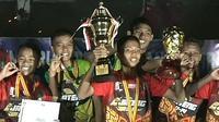 Jawa Tengah berhasil mempertahankan gelar juara Liga Pelajar U-14 usai kalahkan Banten 3-0 di laga final (dok: Kemenpora)