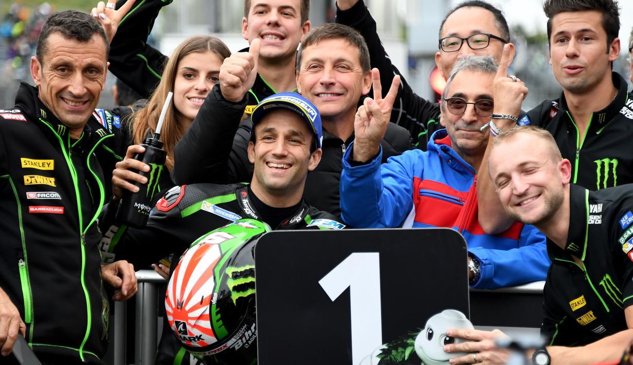 Pebalap Yamaha Tech3, Johann Zarco meraih pole posisi pada kualfikasi MotoGP Japang di Twin Ring Motegi, (14/10/2017). Zarco mencatat waktu 1'53.469. (AFP/Toshifumi Kitamura)