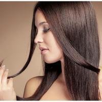 Inilah sederet arti kalau kamu suka memainkan rambut. (Sumber foto: vemale.com)