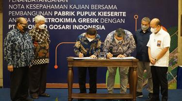 PT Petrokimia Gresik, melakukan kajian pembangunan pabrik pupuk Kieserite bersama dengan PT Polowijo Gosari Indonesia
