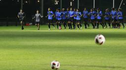 Pemain Timnas Indonesia sudah memiliki mental yang bagus, namun ada sedikit pemain yang masih mengeluhkan kerasnya menu latihan yang diberikan Shin Tae-yong. (Foto: Bola.com/M Iqbal Ichsan)